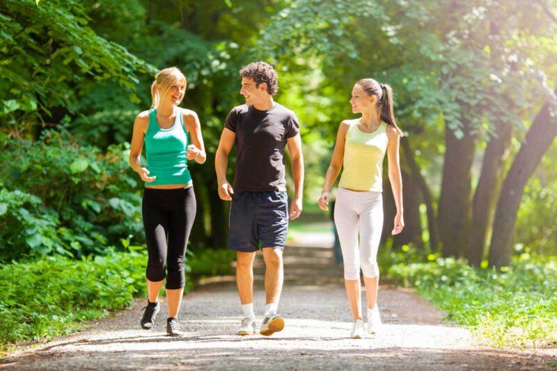 Chế độ vận động cho người đau dạ dày tập thể dục