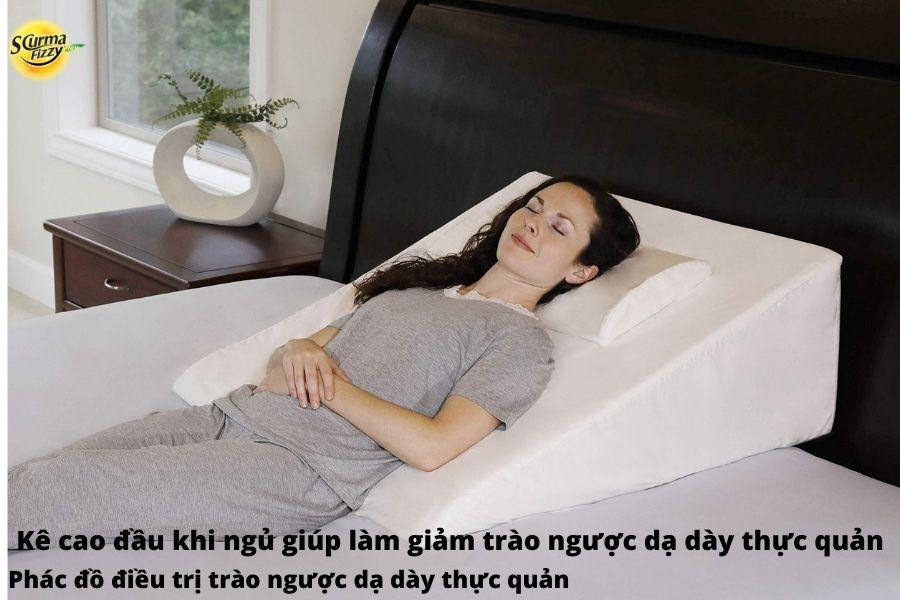 Kê cao đầu khi ngủ giúp làm giảm trào ngược dạ dày thực quản
