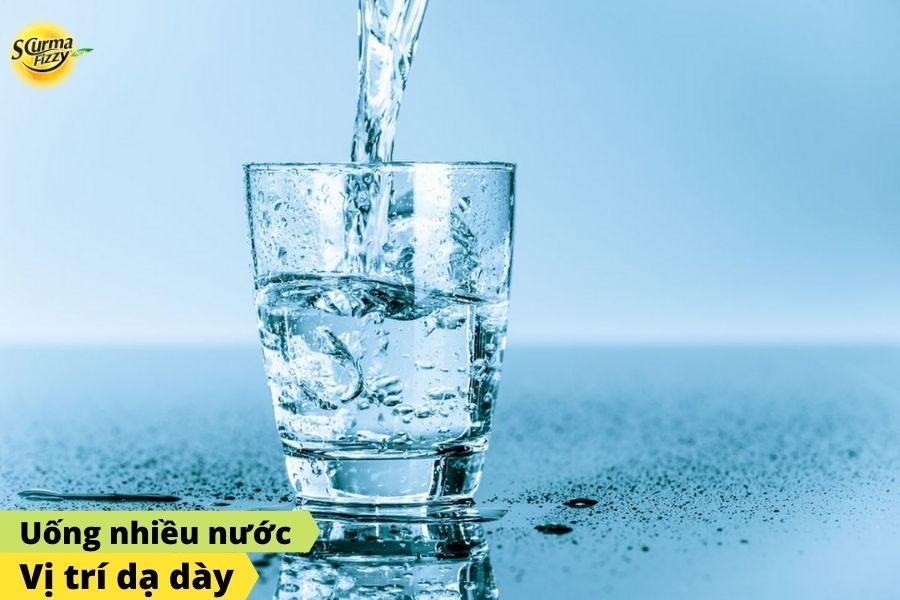 Uống nhiều nước tốt cho dạ dày